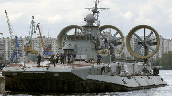 "Zubr-class air cushion landing craft ""Kerkyra"" seen in St. Petersburg, in 2004. A vessel similar to this one came ashore unexpectedly amid sunbathers on the Baltic coast."
