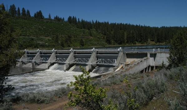 The J.C. Boyle Dam, one of four that the Interior Department has recommended for removal from the Klamath River. It runs through Southern Oregon and Northern California.
