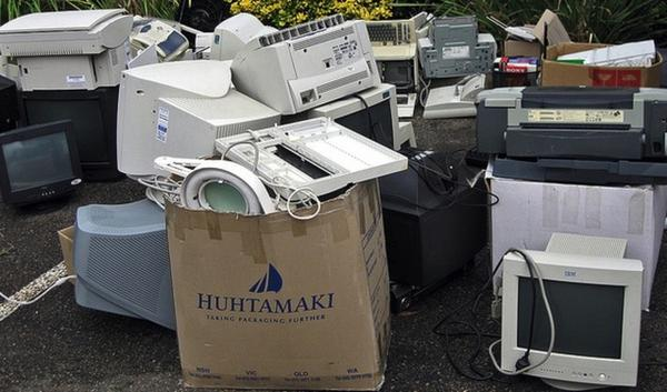 On Jan. 1, Oregon's electronic waste recycling program will start accepting keyboards, mice and printers.