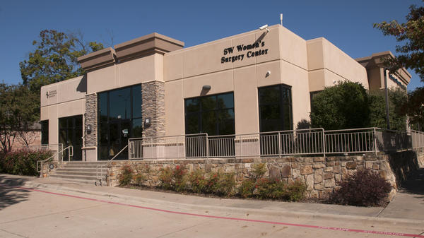 The Southwestern Women's Surgery Center in Dallas is one of the clinics in Texas that has doctors with admitting privileges at nearby hospitals, a requirement of HB2.