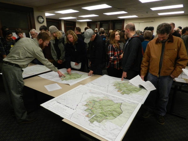 <p>Trail users pack a Forest Service information meeting to find out more about proposed new trail system in the Ashland watershed.</p>