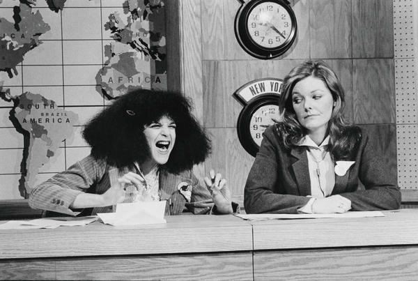 Roseanne Roseannadanna (Gilda Radner) with Jane Curtin in 1979.