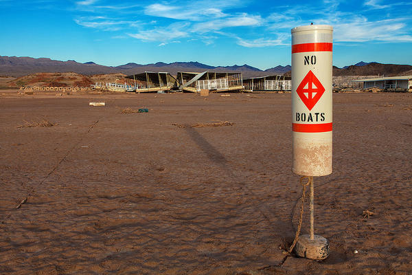 A buoy stands on dirt at the abandoned Echo Bay Marina in Nevada's Lake Mead National Recreation Area, July 2014. (James Marvin Phelps/Flickr)