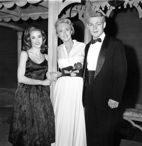 In 1960, Holm starred with Jane Fonda and James MacArther in <em>Invitation To A March</em>.