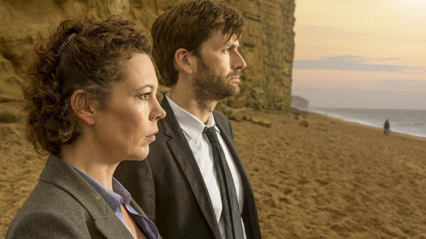 Olivia Colman and David Tennant in <em>Broadchurch</em>.
