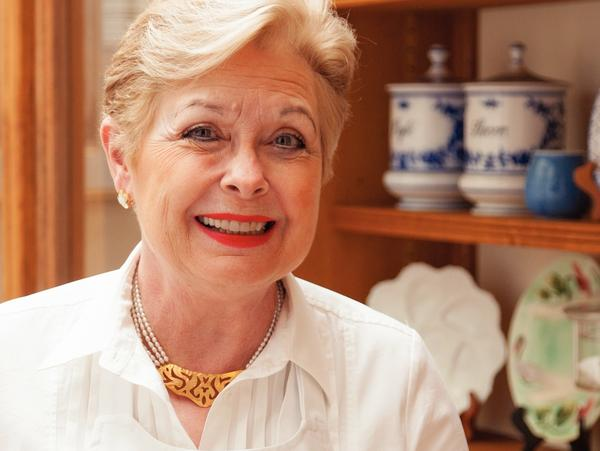 Patricia Wells was a restaurant critic at the <em>International Herald Tribune</em> for 27 years. Her other works include <em>The Food Lover's Guide to Paris</em>, <em>Patricia Wells at Home in Provence</em> and <em>Simply French</em>.