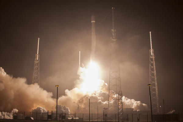 The launch of the Falcon 1 ABS/Eutelsat on March 4.