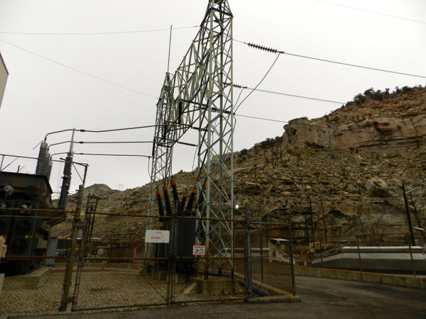 <p>Transmission lines deliver coal-fired power from plants in the Rocky Mountain region.</p>