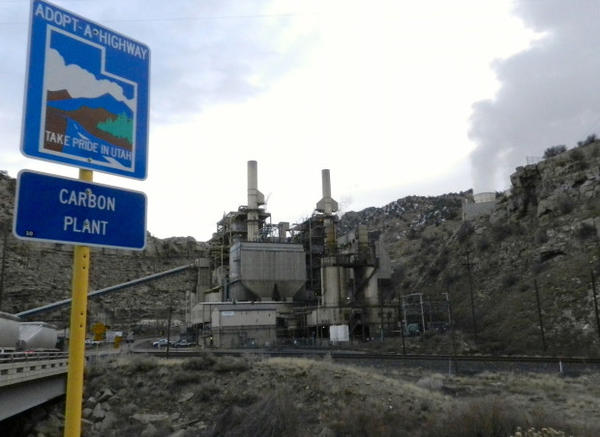 <p>Portland-based PacifiCorp is closing the coal-fired Carbon Plant this month.</p>