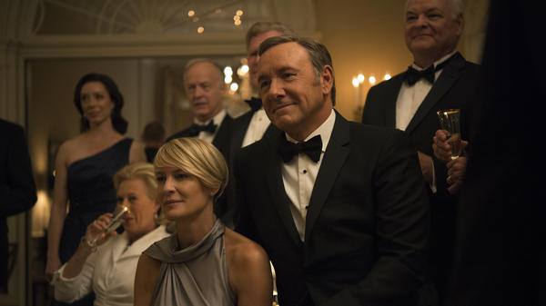 In <em>House of Cards</em>, Kevin Spacey plays Frank Underwood, a politician who climbs to power using ruthless manipulation. Underwood's wife is Claire, played by<strong> </strong>Robin Wright.