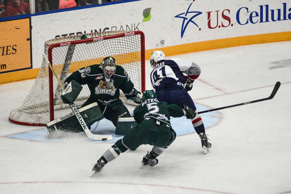 The Washington state House voted to exempt junior hockey teams from teen labor laws by expressly classifying the players as non-employees.