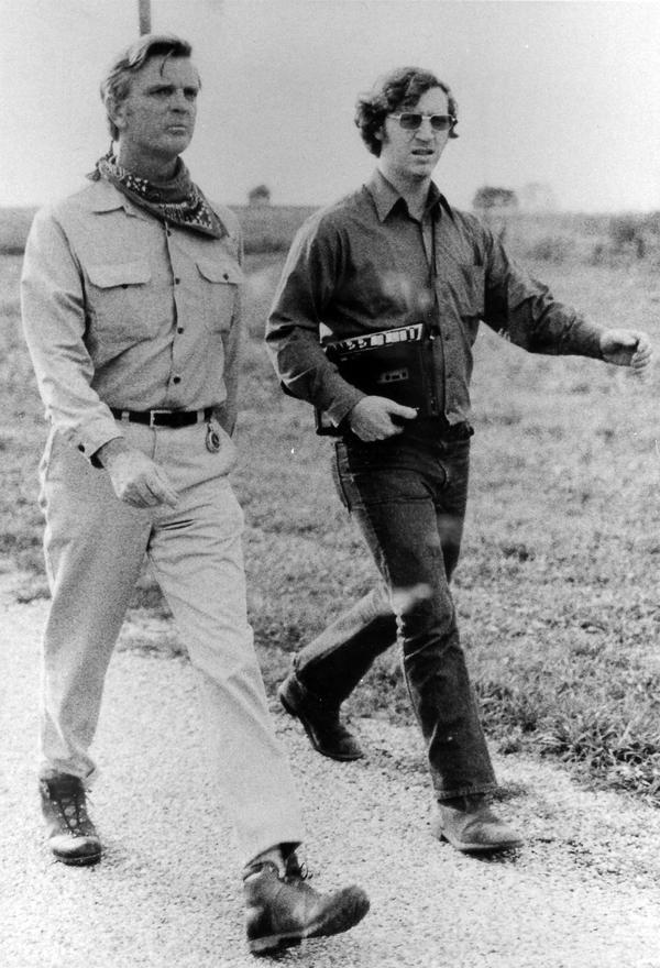 In 1971, then-candidate Dan Walker, left, walked the length of Illinois to call attention to his Democratic primary campaign.