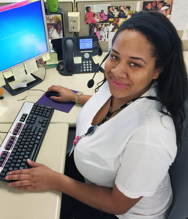 Kally Dunn is a call center veteran at Aetna.
