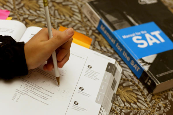 The College Board has announced a partnership with Khan Academy to make prep materials for the SAT college-entrance exam available free online.