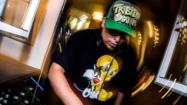 DJ Tribilin Sound serves up bass, beeps and bloops from the Peruvian underground.