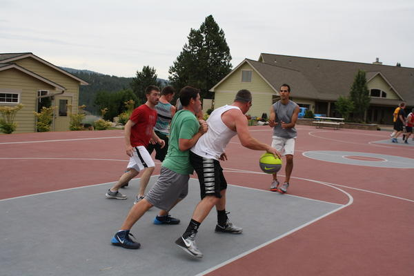 Teams practice a few days before Hoopfest, an annual basketball tournament in Spokane.