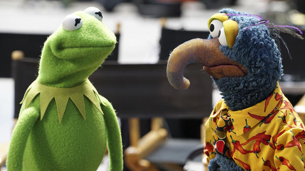 Kermit the Frog and Gonzo return to television in ABC's <em>The Muppets</em>.