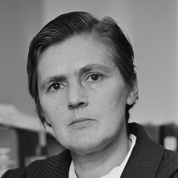 Dr. Frances O. Kelsey of the U.S. FDA, who is credited with keeping the birth-deforming drug, Thalidomide, off the U.S. market, is shown in an Aug. 1962 photo. Kelsey died on Friday at age 101.