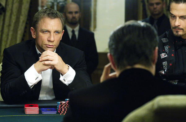 Daniel Craig plays James Bond in the film <em>Casino Royale</em>. Dramatis, a computer program, can detect suspense from this scene and rates it even higher as the plot thickens.