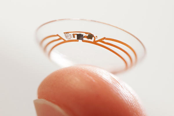 An experimental contact lens being developed by Google can painlessly measure glucose levels in tears.