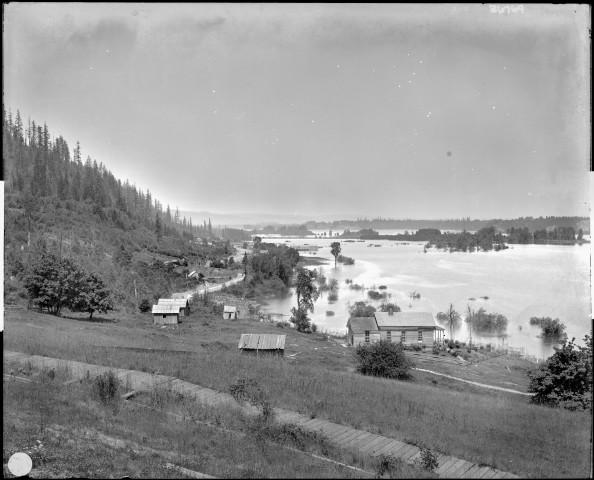"<div class=""caption"">Guild's Lake, future Lewis and Clark Exposition site, as seen from Willamette Heights, pre-1905.</div>"