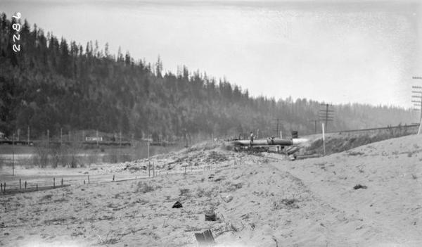 <p>The draining of Guild's Lake, April 21, 1924.</p>