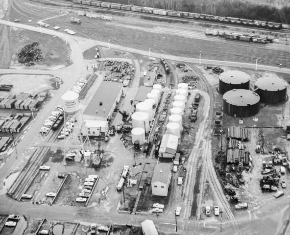 <p>Tank farm served by rail lines at the Port of Portland's terminal, No. 4, run by the Commission of Public Docks, North Portland, November 3, 1966.</p>