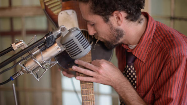 The Suitcase Junket performs live in the studio for Folk Alley.