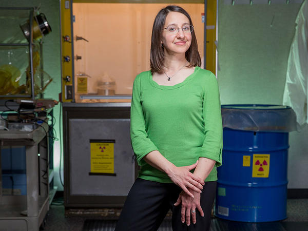 Frannie Smith works as an environmental mineralogist, looking for ways that radioactive constituents can be trapped so they don't move as fast in the environment.