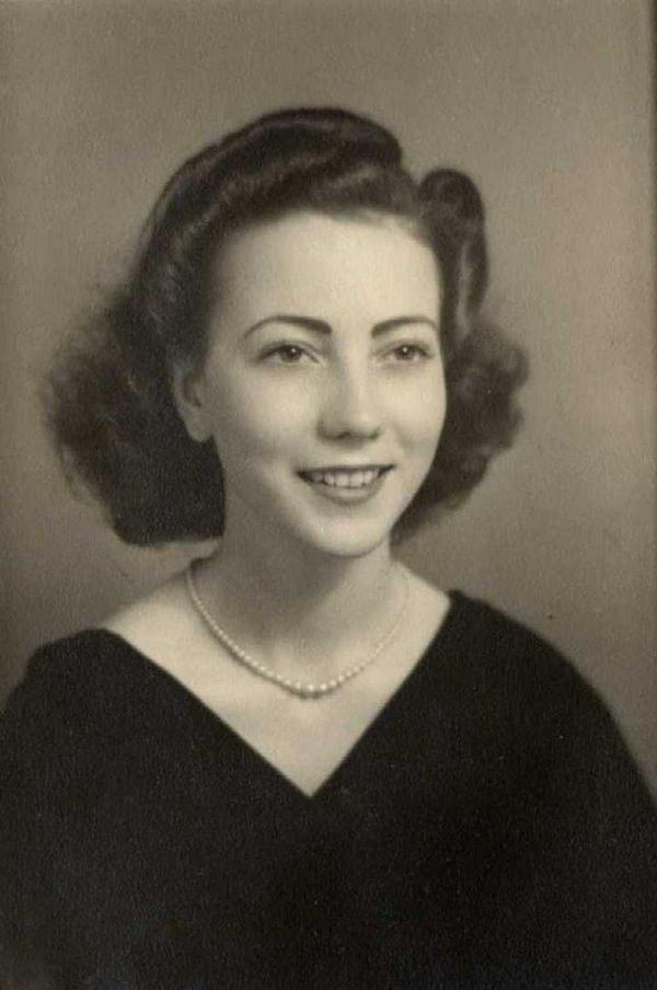 Sue Olson earned top-secret clearance as a secretary at Hanford during World War II.