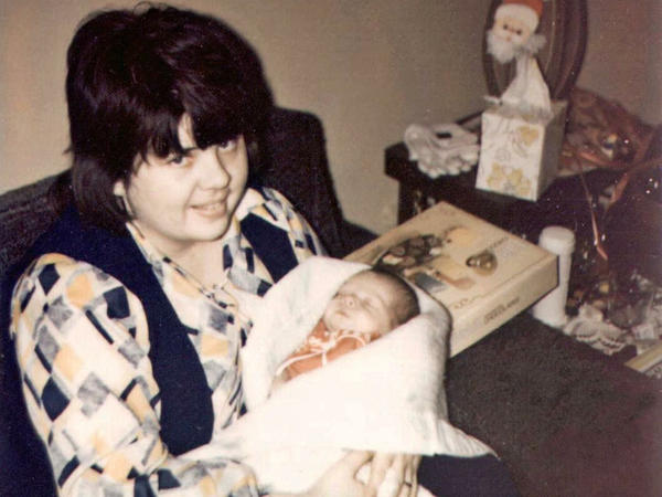 Susan Leckband holds her daughter Melanie in 1972.