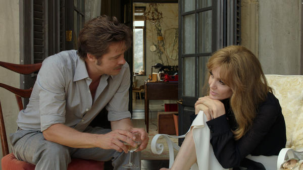 Roland (Brad Pitt) and Vanessa (Angelina Jolie Pitt) are married artists in <em>By the Sea</em>.