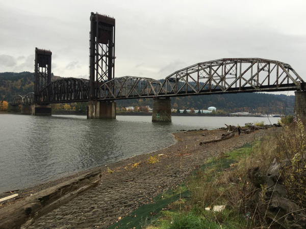 <p>A view from the cleaned up McCormick and Baxter site, on the east side of the Willamette River.</p>