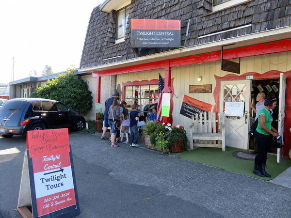 The owner of Leppell's Flowers & Gifts credits the Twilight phenomenon for keeping her shop in business.