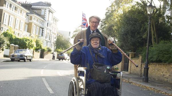 Maggie Smith as Miss Shepherd and Alex Jennings as Alan Bennett in a scene from <em>The Lady in the Van</em>.