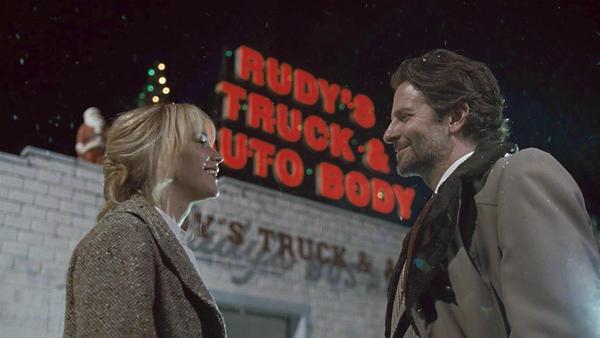 Jennifer Lawrence and Bradley Cooper in a scene from <em>Joy</em>.