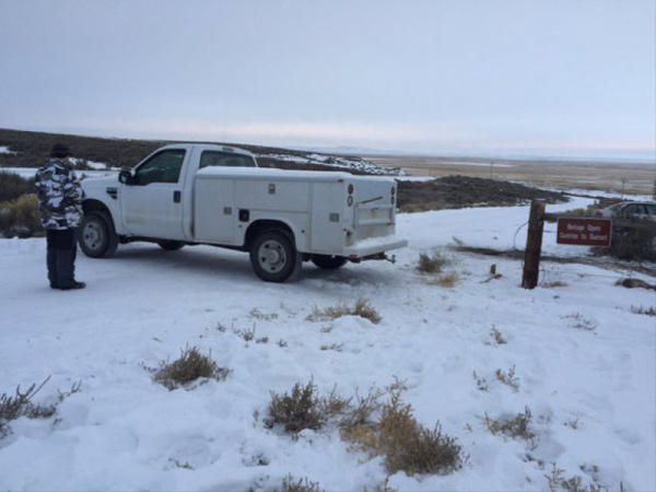 <p>The militiamen have blocked the entrance to the headquarters of the Malheur National Wildlife Refuge with vehicles.</p>