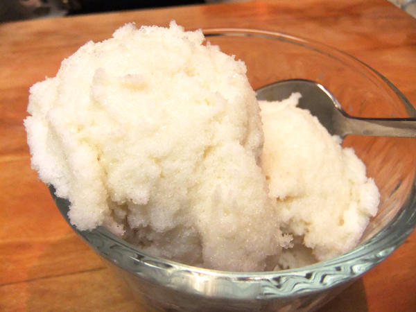 You can make snow cream with freshly fallen snow; milk, cream, or condensed milk; sugar; and vanilla. You can make it even richer with whole raw eggs.