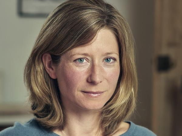 Jo Marchant holds a doctorate in genetics and medical microbiology and has written for <em>New Scientist,</em> <em>Nature</em> and <em>Smithsonian.</em>