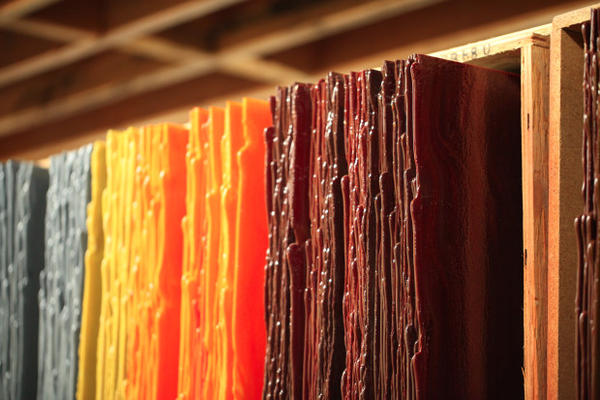 <p>A variety of metals are used to make colored glass sheets for artists to use in their work.</p>