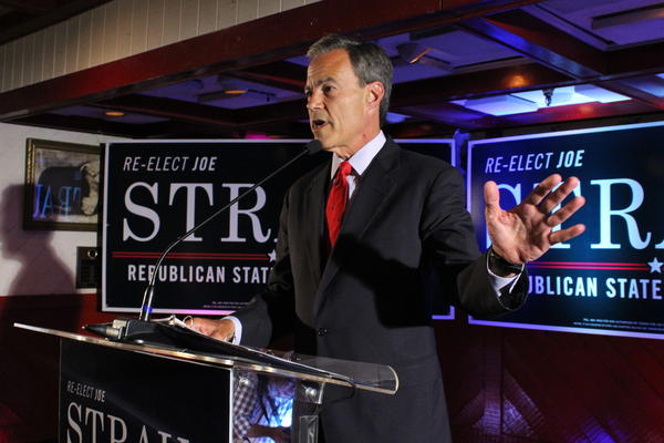 Speaker Straus claims victory at the Barn Door Restaurant in San Antonio