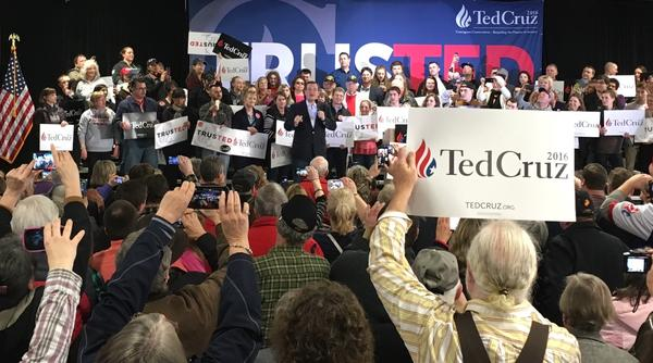 Senator Ted Cruz speaks to supporters at a rally in Coeur d'Alene, Idaho March 5, 2016.