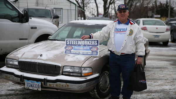 Olin Dale Clayton waits for Bernie Sanders before a January event in Iowa with the United Steelworkers Local 310L. Sanders hopes his strength with white, working-class men can help him win in Ohio.