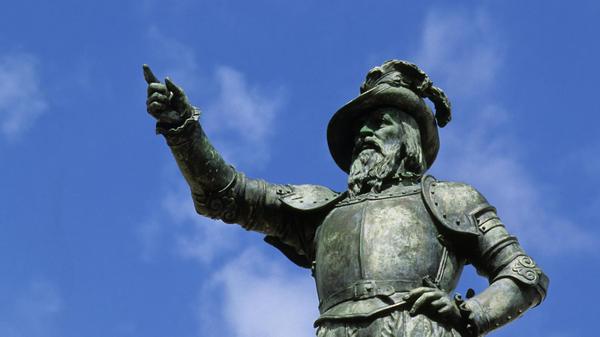 A statue of Juan Ponce de León in San Juan, Puerto Rico.