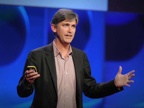 Steven Johnson on the TED stage.