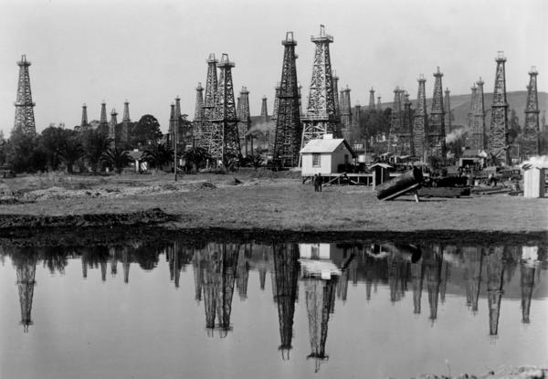 The Mesa oil field in Santa Barbara, Calif., in 1935. Edward Doheny discovered oil under a private residence in 1892. His find set off an oil-drilling spree.