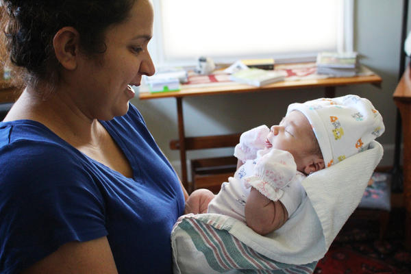 Yami Chavarria with her infant daughter, Ayla Kimberley.