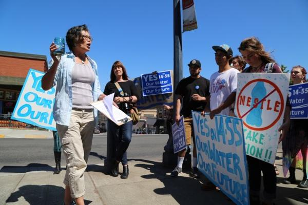 <p>Opponents of the Nestle water bottling plant in Cascade Locks rally in support of a ballot measure that would ban commercial water bottling in Hood River County.</p>