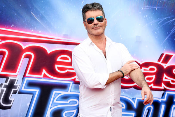 """Simon Cowell arrives at the """"America's Got Talent"""" Season 11 Red Carpet Kickoff at the Pasadena Civic Auditorium on Thursday, March 3, 2016, in Pasadena, Calif. (Photo by Rich Fury/Invision/AP)"""
