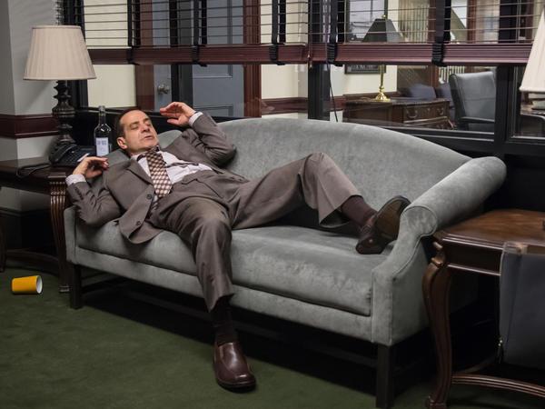 Tony Shalhoub shines as an alcoholic senator in CBS's <em>BrainDead.</em>